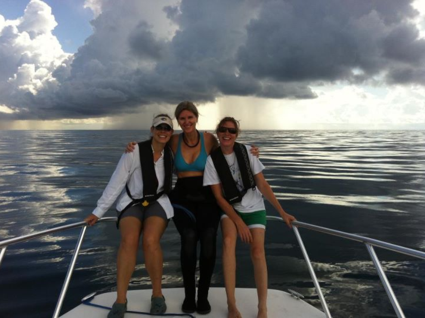 Chantal Collier (center) with staff members Jamie Monty (left) and Katharine Tzadik (right) during one of Chantal's final dives for the FDEP CRCP.